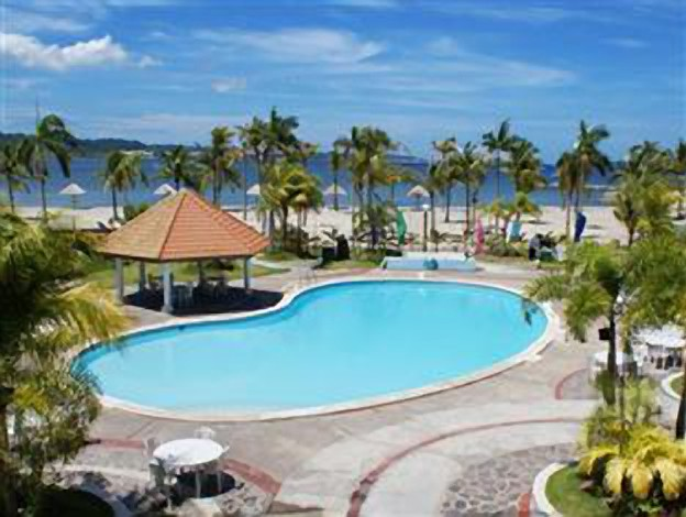 Vista marina hotel and resort subic bay naval station for Subic resorts with swimming pool